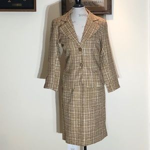New Taylor Made Women's Two Pieces  Suit Brown